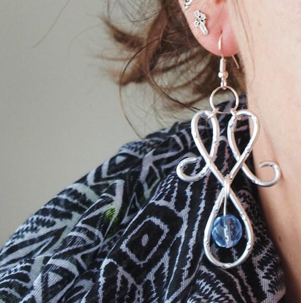 boucles d'oreilles en fil d'aluminium