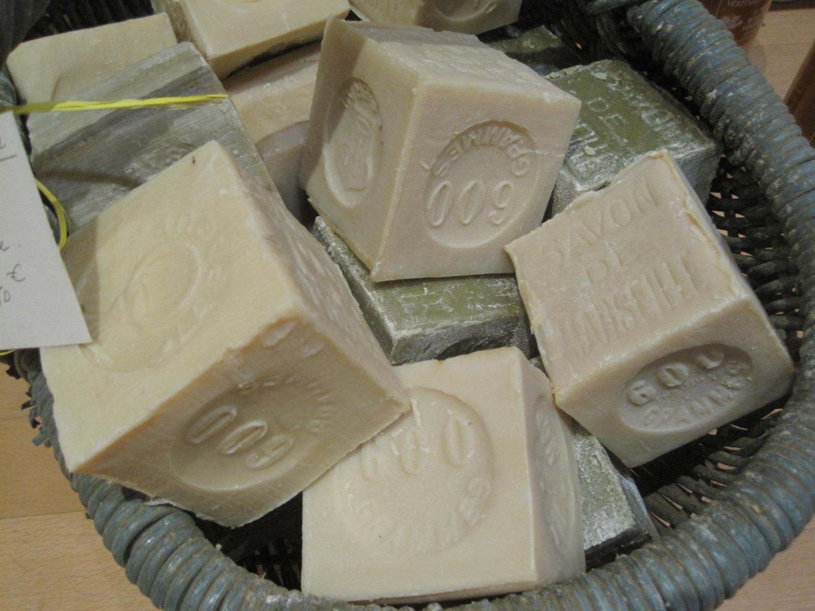 Produit à lessiver à base de savon de Marseille