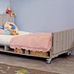 DIY : un lit pour enfant en palette