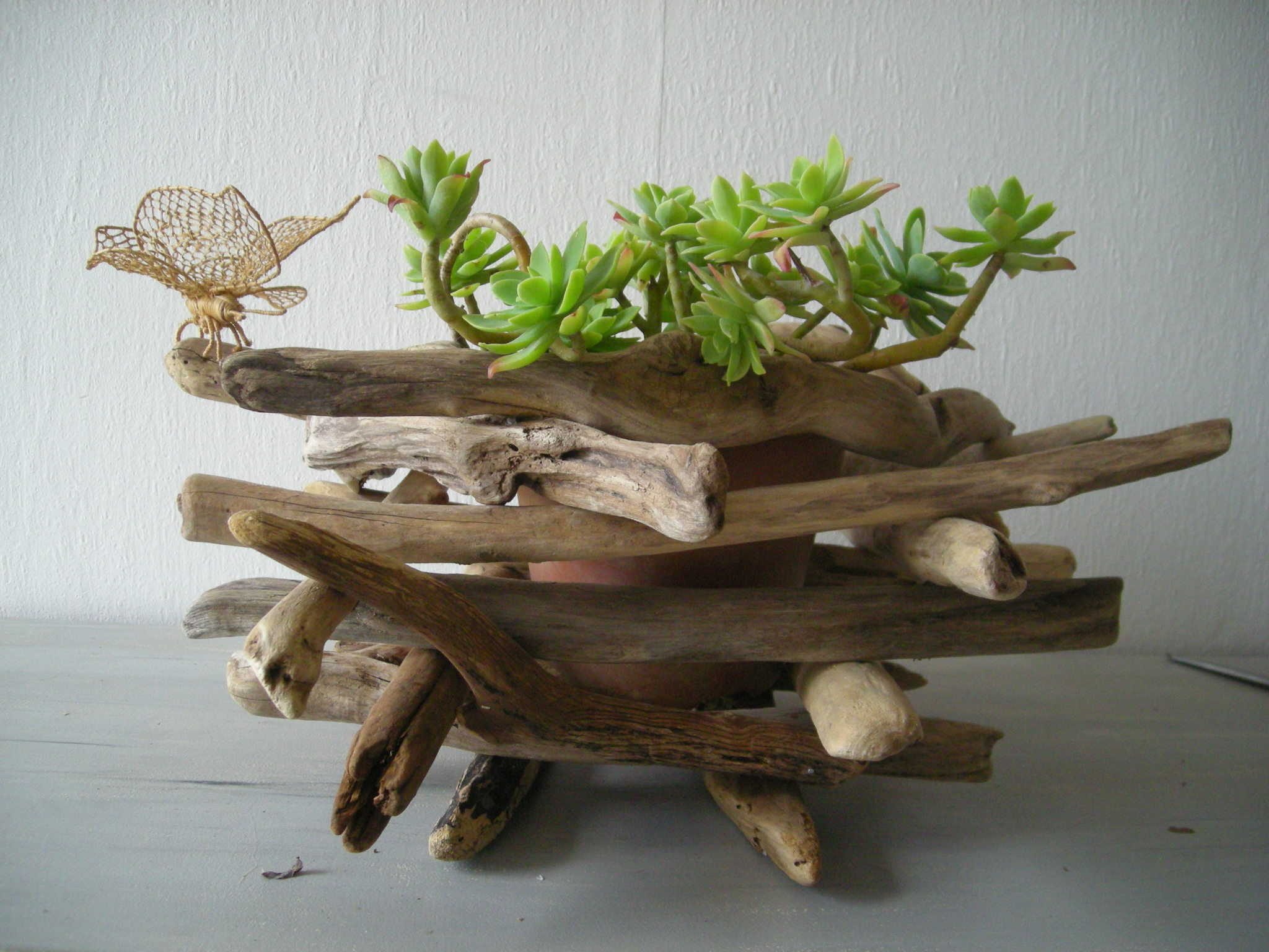 Diy un cache pot nature for Mobile en bois flotte