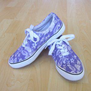 customiser ses chaussures en toile