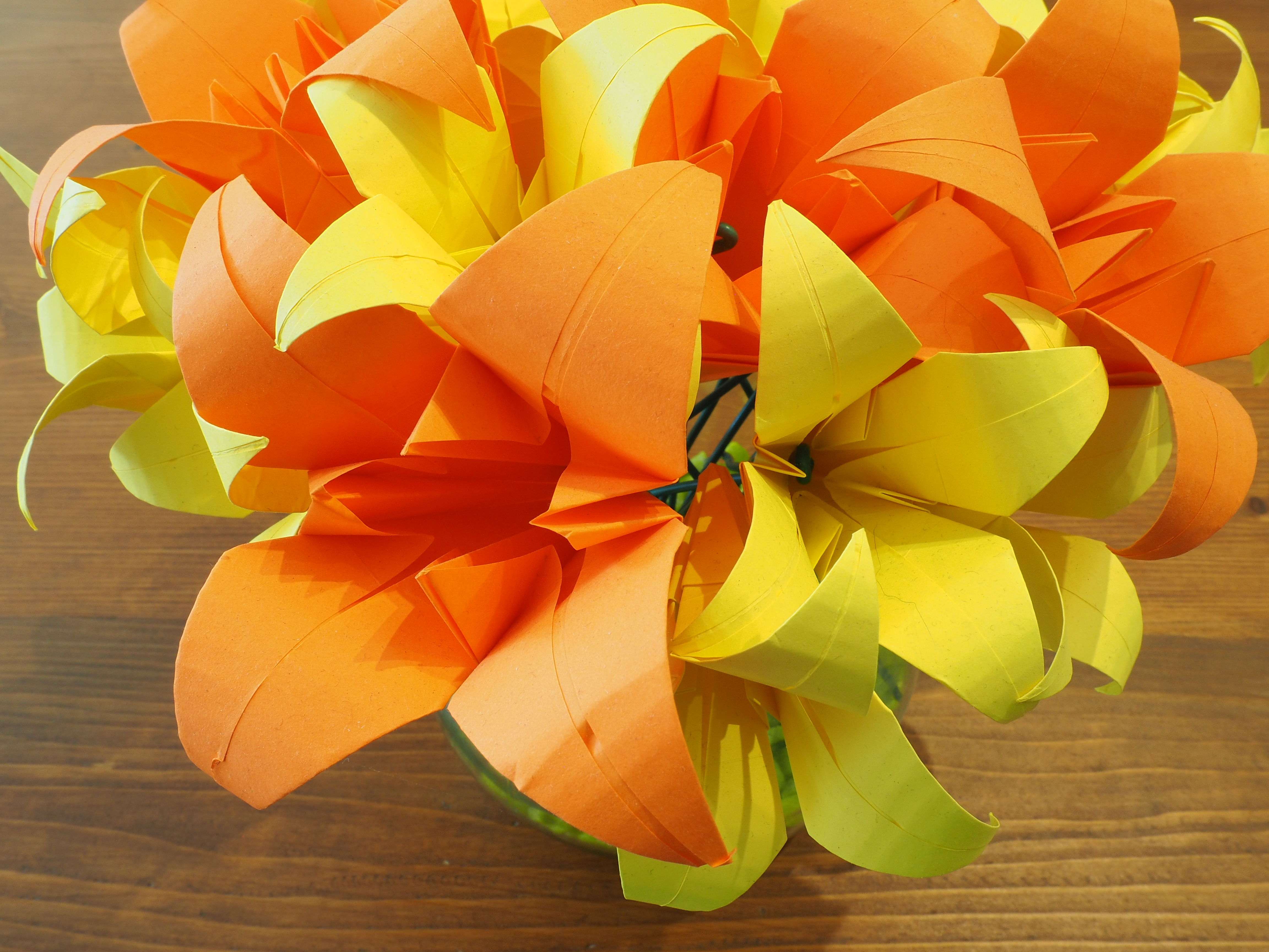 bouquet lys origami