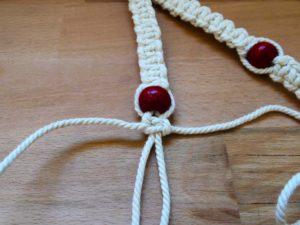 suspension pour plante en macramé et perles